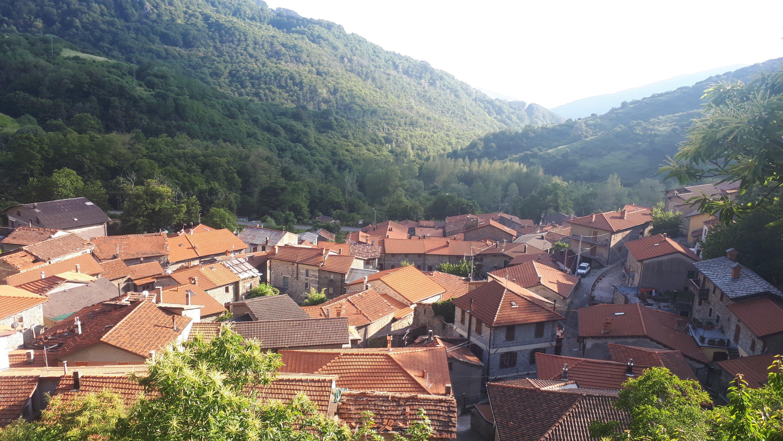 Sulla via dei Lombardi tra scaminati, castagne e baffardelli