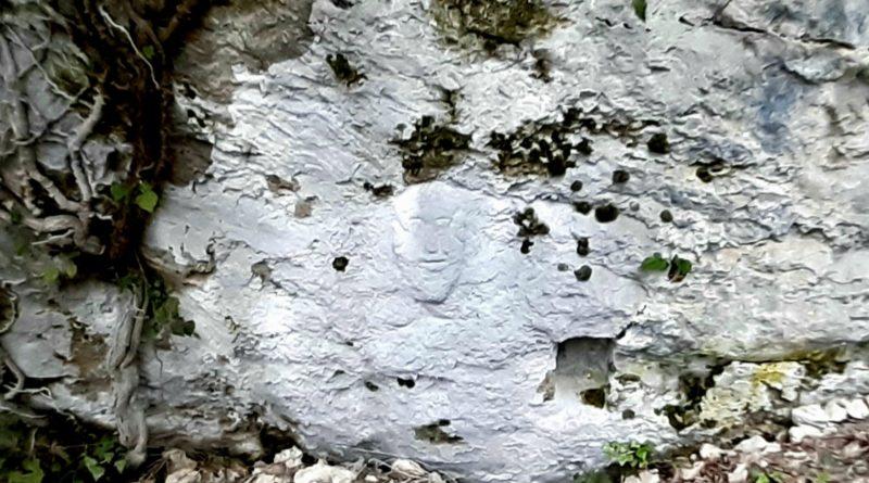 Il sorriso di pietra della Valdinarco